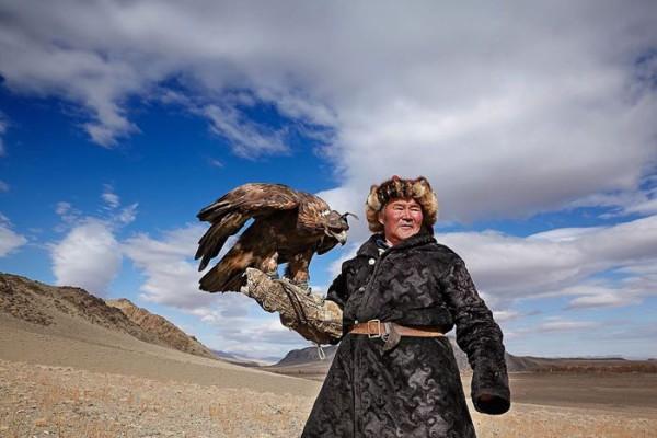 cacciatori-con-le-Aquile-della-Mongolia-07