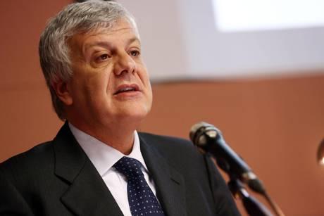 """Piano Lupo, Galletti definito dal M5S  il """"ministro cacciatore"""""""