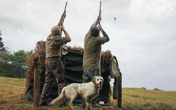 cacciatori-che-sparano-0310016