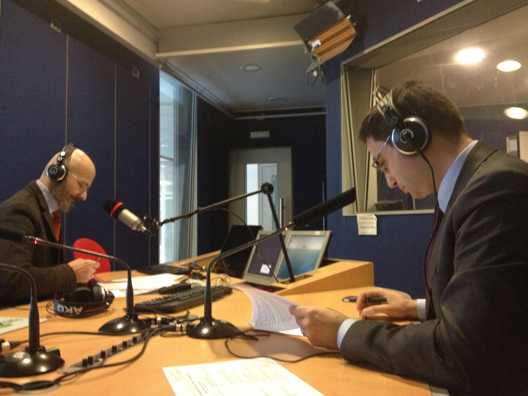 Giannino - Perrotti a Radio24 rid